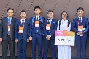 Thành tích học tập đáng nể của anh em song sinh Hà Nam