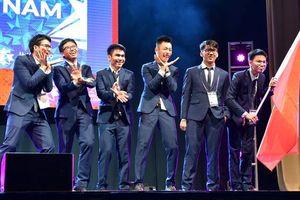 Giành hai huy chương Vàng, Việt Nam lọt top 10 Olympic Toán quốc tế 2019