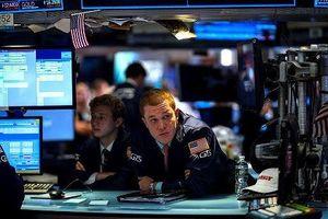Tuần qua, khối ngoại tập trung gom cổ phiếu ngân hàng, mua ròng 825 tỷ đồng