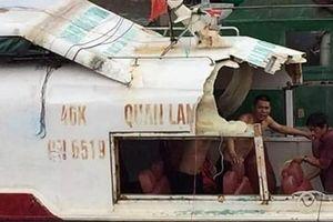 Tàu cao tốc từ Quan Lạn về Vân Đồn gặp tai nạn bay nóc, 3 người bị thương
