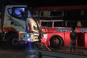 Tai nạn liên hoàn khiến 1 người tử vong và hàng chục người khác bị thương
