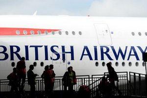 Một số hãng hàng không ngừng bay đến Cairo sau vụ Iran bắt tàu dầu Anh