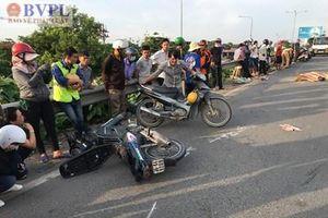 Xe Bus gây tai nạn trên cầu vượt Sóng Thần, 1 người chết thảm