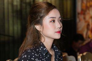 Vợ Hoài Lâm được khen về ngoại hình sau 2 lần sinh con