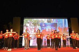 Đoàn đại biểu Trại hè Việt Nam giao lưu với thanh niên Quảng Ngãi