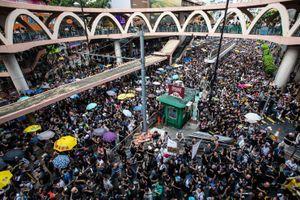 Truyền thông nhà nước Trung Quốc phản đối hành động tấn công Văn phòng Đại diện tại Hong Kong