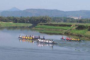 Thấy gì từ du lịch đường sông ở Đà Nẵng?