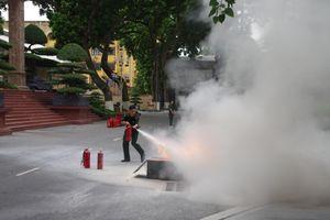 Nâng cao khả năng sử dụng trang thiết bị phòng cháy, chữa cháy