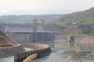 Mực nước sông Mê Kông xuống thấp kỷ lục có thể do 8 đập của Trung Quốc