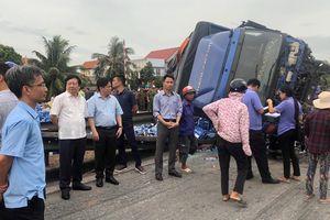 Thông tin mới nhất vụ xe tải đâm nhóm người xem tai nạn bên đường ở Hải Dương