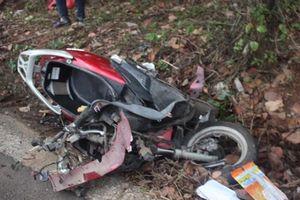 Tài xế taxi 19 tuổi chạy tốc độ cao lấn làn tông tử vong 2 cô cháu