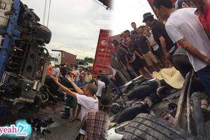 'Tai nạn kép' ở Hải Dương : Hiếu kỳ đứng xem một vụ đụng xe, nhiều người thiệt mạng vì một xe tải khác lao tới lật ngang giữa đường