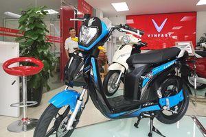 VinFast bất ngờ trưng bày 2 mẫu xe điện mới ở phân khúc học sinh, sinh viên
