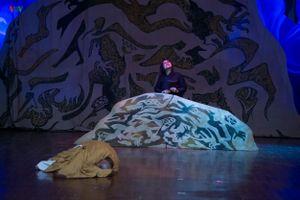 Tình mẫu tử thiêng liêng, xúc động trong vở kịch 'Huyền thoại gò Rồng ấp'