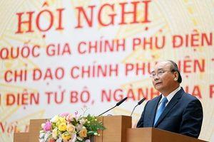 Thủ tướng: Ưu tiên làm các dịch vụ công thiết yếu với người dân, DN