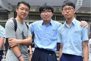 Trường học đầu tiên ở Đài Loan cho phép nam sinh mặc váy đi học