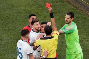 Lionel Messi nhận án phạt 'nhẹ chưa từng có' từ LĐBĐ Nam Mỹ