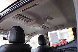 'So găng' phiên bản cao nhất của Mitsubishi Triton và Ford Ranger 2019