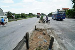 Quốc lộ 5 xuống cấp trầm trọng: Ô tô vẫn chạy 90km/h