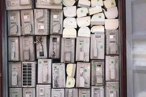 Khởi tố hình sự vụ doanh nghiệp rút ruột 2 container hàng quá cảnh