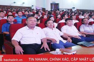 Bồi dưỡng chính trị hè cho 700 cán bộ quản lý, giáo viên Hà Tĩnh