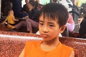 Quảng Bình: Đã hơn 20 ngày, vẫn chưa có thông tin gì về 5 ngư dân mất tích trên biển