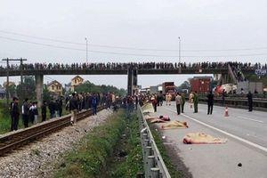 Báo động tai nạn trên QL5: 'Cung đường tử thần' Kim Thành, Hải Dương