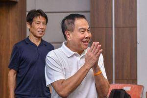 Quyết đánh bại Việt Nam, HLV Akira Nishino làm điều chưa từng có ở Thái Lan