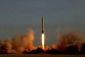 Loại tên lửa Iran vừa thị uy có khiến Mỹ và Israel lo ngại?