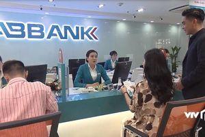 'Về nhà đi con' quảng cáo lố cho ABBank, VFC thu lợi bao nhiêu?