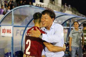 HLV Hàn Quốc nói điều bất ngờ khi hòa kịch tính Hà Nội FC