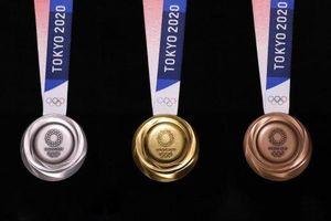 Huy chương Olympic 2020 được chế tác từ điện thoại di động cũ cùng rác điện tử