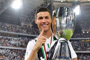 Messi lại tiếp tục đánh bại Ronaldo, Zidane trong cuộc đua danh giá