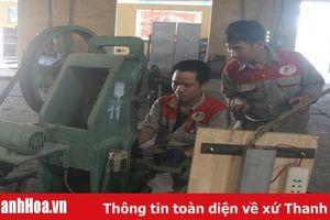 Đẩy mạnh phong trào thi đua 'Lao động giỏi, lao động sáng tạo' trong công nhân, viên chức, lao động