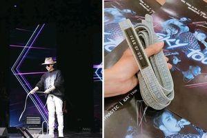 Đây chính là món đồ hàng hiệu Sơn Tùng M-TP tặng fan trước live show