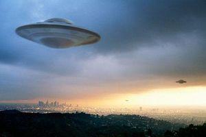 Cực sốc: Bằng chứng khó cãi máy bay Mỹ rượt đuổi UFO