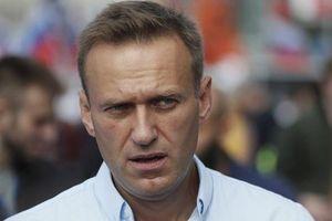 Lãnh đạo đối lập Nga phải nhập viện khi đang ngồi tù