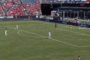 Luật mới vô nghĩa trước pha phối hợp của hàng thủ Benfica