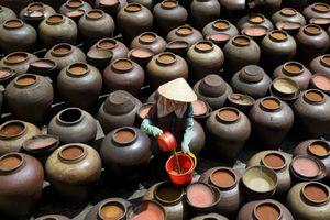Ghé làng Bần với nghề truyền thống làm tương