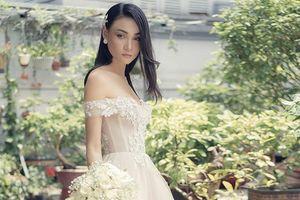 Váy cưới lãng mạn lấy cảm hứng từ cung bậc cảm xúc dữ dội và dịu êm trong tình yêu