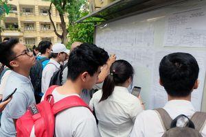Giải pháp nào cho các trường ĐH khi bị dừng tuyển sinh CĐ trước giờ G?