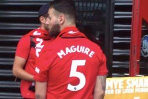 Fan MU phát sốt Maguire mặc áo số 5, Dybala số 21