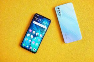 Loạt smartphone giá tốt đáng chú ý vừa lên kệ tại VN