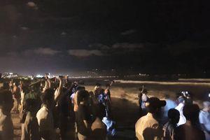 2 học sinh tắm biển mất tích ở Đà Nẵng: Đã tìm được thi thể một nạn nhân
