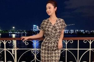Hoa hậu Jennifer Phạm xác nhận đang mang bầu con thứ 4