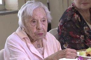 Cụ bà 107 tuổi tiết lộ bí mật sống thọ: Không bao giờ kết hôn
