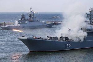 Hàng chục máy bay, tàu chiến Nga 'quần thảo' ở Biển Baltic