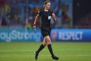 Lần đầu tiên Siêu cúp châu Âu sẽ được trọng tài nữ điều khiển