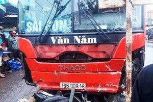 Gia Lai: Xem lại giây phút kinh hoàng xe khách gây tai nạn khiến 4 người tử vong