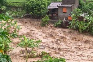 17 người bị nước lũ cuốn mất tích tại Thanh Hóa